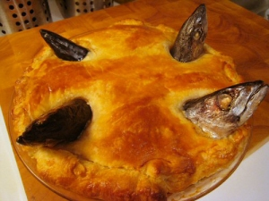 """Stargazey Pie"" (Photo Credit - www.en.wikipedia.org)"