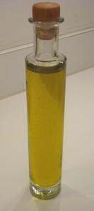 Lemon Flavoured/Scented Olive Oil, ready for consumption