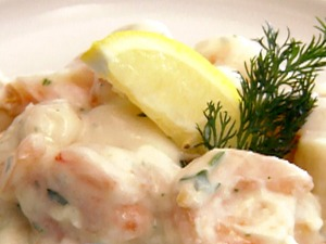 Doesn't every child crave Scallops in Cream Sauce before heading off to school? (Photo Credit:  www.recipegreat.com)