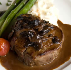 In 1901, mother might have served you Steak Bordelaise for breakfast (Photo Credit:  www.gatewaygourmet.com)