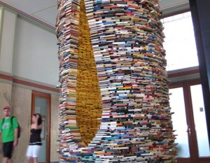 Now, here's a really terrific way to shelve books! I may go for this next. (Photo Credit: www.inhabitat.com)