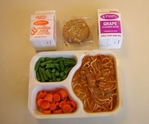 Sample of prison food (Photo Credit: www.thechive.com)