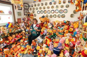 What about 5,000 Winnie-the-Pooh and friends collectibles? (Deb Hoffmann) (Photo Credit: www.worldrecordacademy.com)