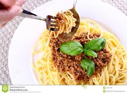 "According to ""Bon Viveur"", this is the correct way to tackle spaghetti (Photo Credit:"
