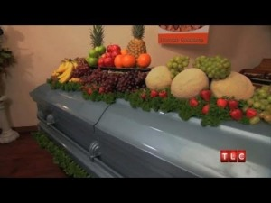 Now, this is a novel post-funeral feast! (Photo Credit: www.youtube.com)