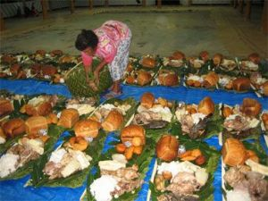 "Tuvalu (Pacific) ""feast platters"" in honour of the deceased (Photo Credit: www.moanasailing.com)"