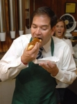 Mark Rubio not eating blueberries with honey (Photo Credit: www.huffingtonpost.com)