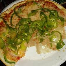 Veggie pizza? (Photo Credit: www.yelp.com)