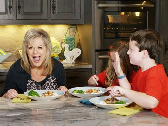 """""""I'm not screaming...I'm chilling out by cooking!"""" (Photo Credit: www.greatideas.people.com)"""